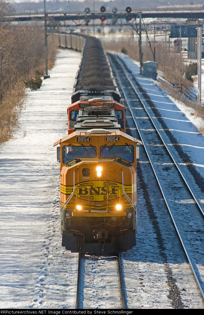 BNSF 8854 East