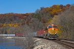 BNSF 4334 East along the Palisades
