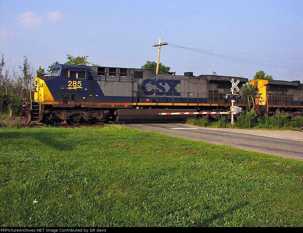 CSX 285