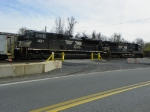 Norfolk Southern 2667 and 9868