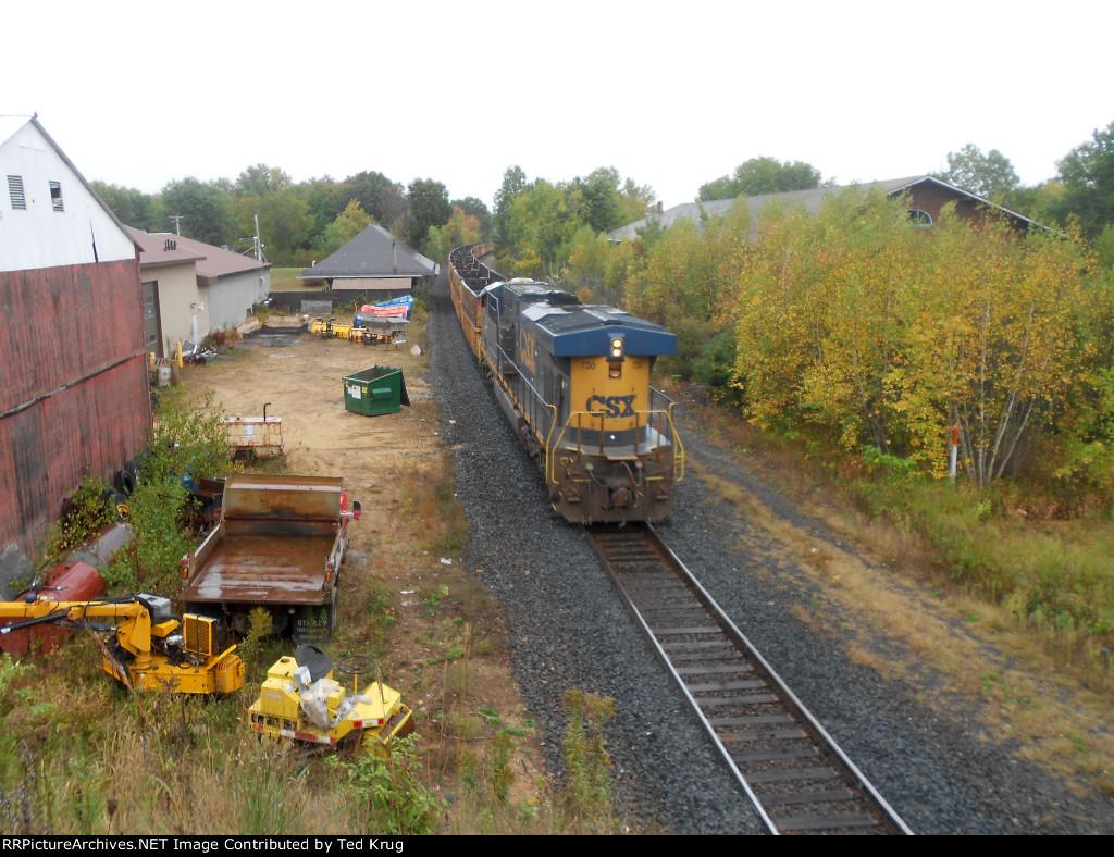 CSX 730 shoving a tie distribution train