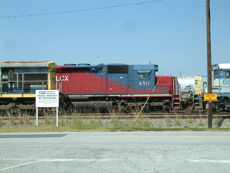 HLCX 6511 in the dead line