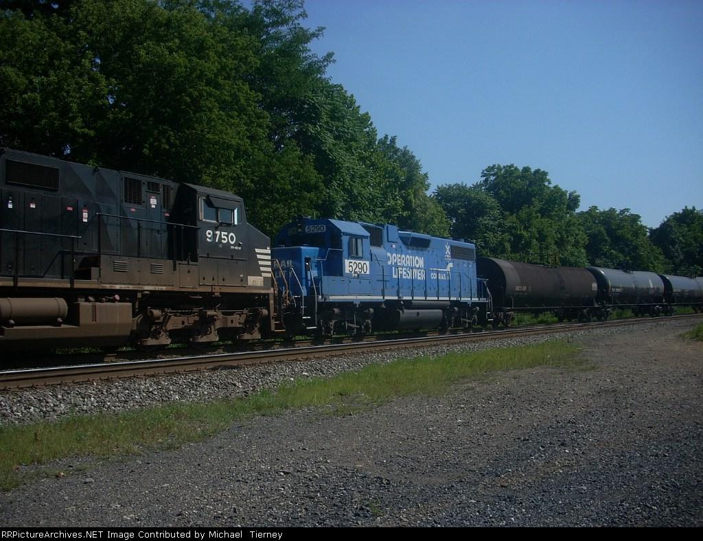 NS 5290 ex conrail operation lifesaver