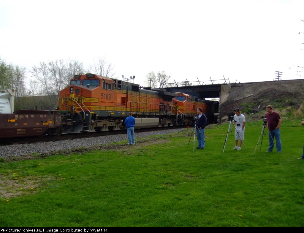 BNSF 5189