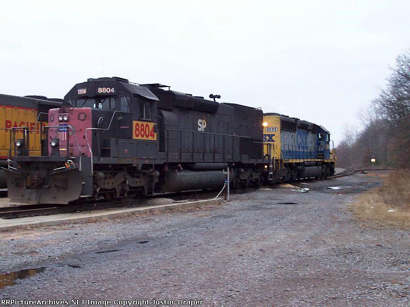 UP 8804 & CSX 8090