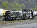 Norfolk Southern 864 and 6199