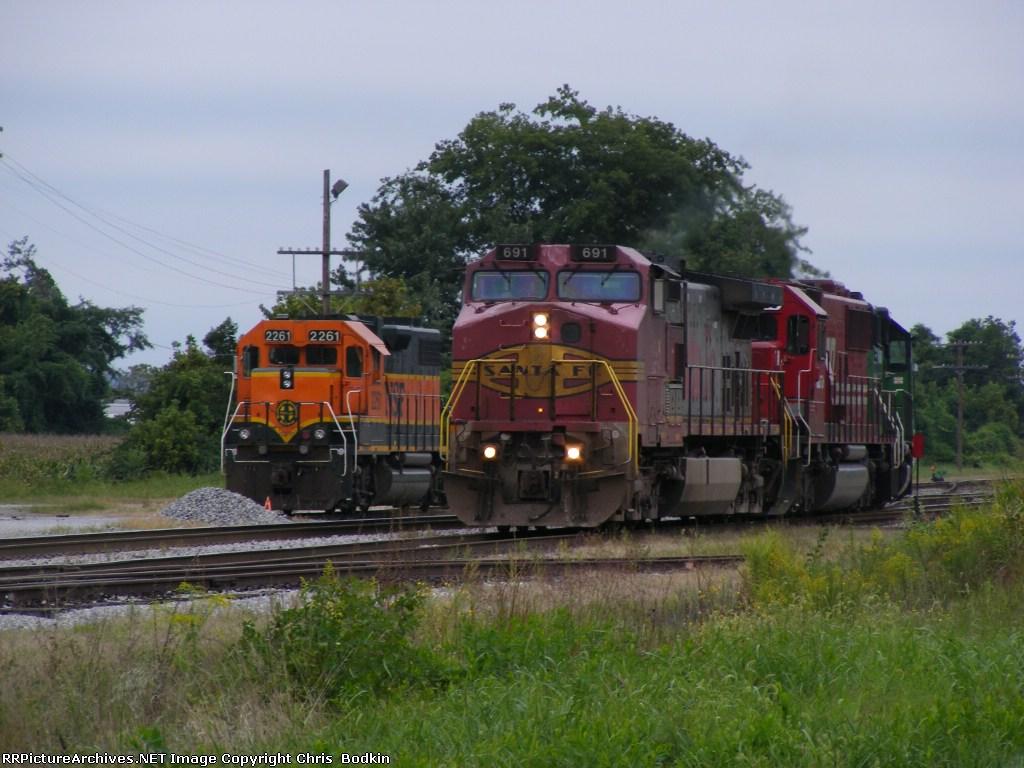 BNSF 691