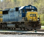 CSX 8607 waiting to head westbound