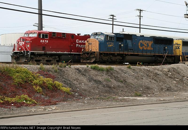 CSX 4734 & CP 8879