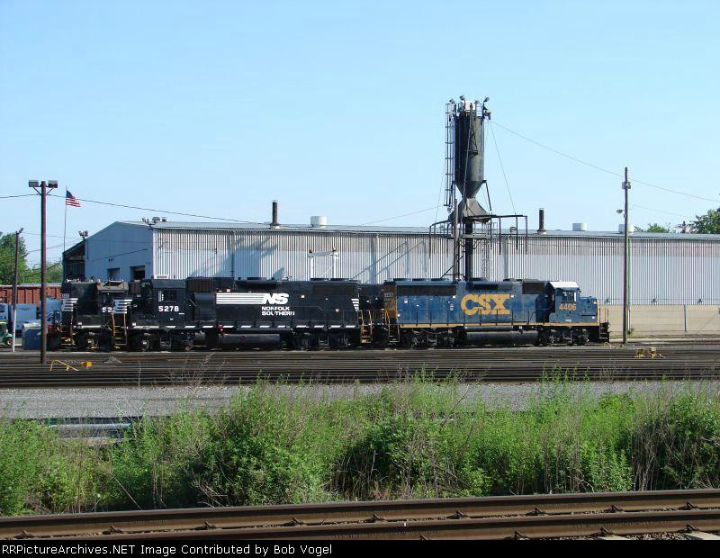 NS 5278 and CSX 4406