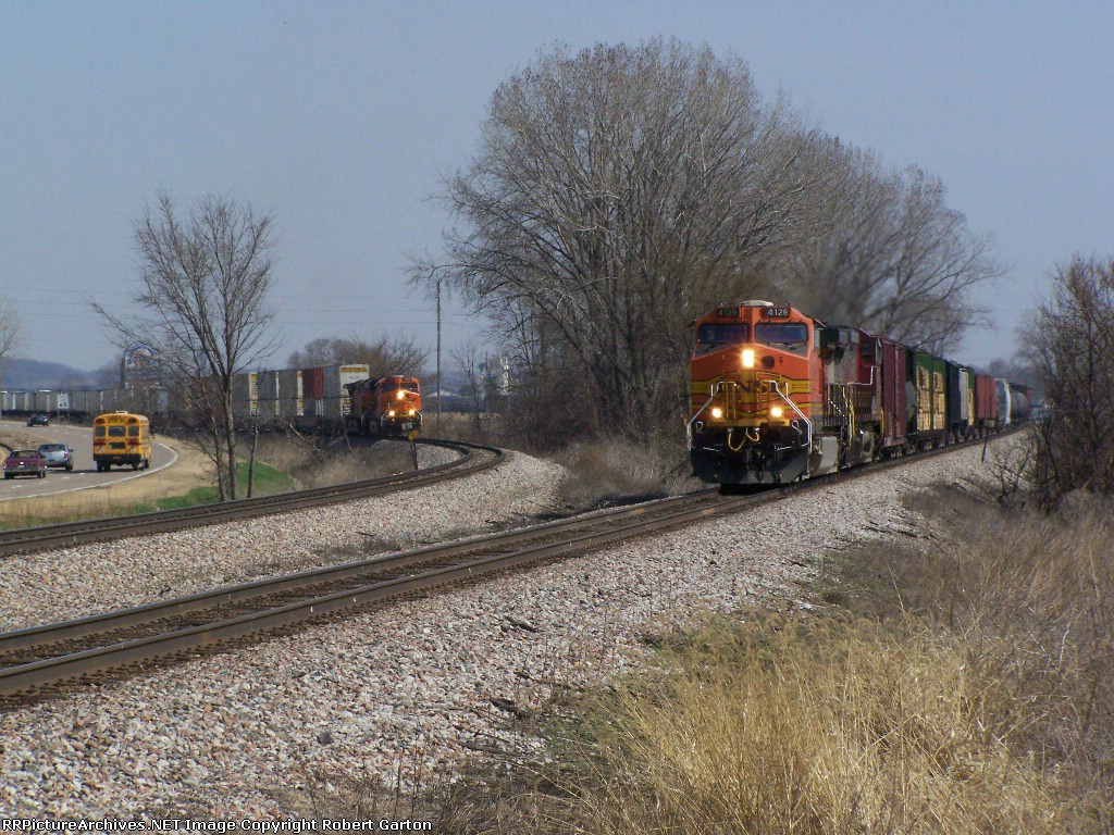 Westbound Trains Converge Near the Murphy Crossover on the BNSF Aurora Sub