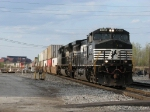 After coming off the NS at CP502, 295 takes the IHB over the B&OCT as it heads for the NKP line