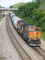 BNSF 4725 & 791 pull westward again with M-BRCGAL