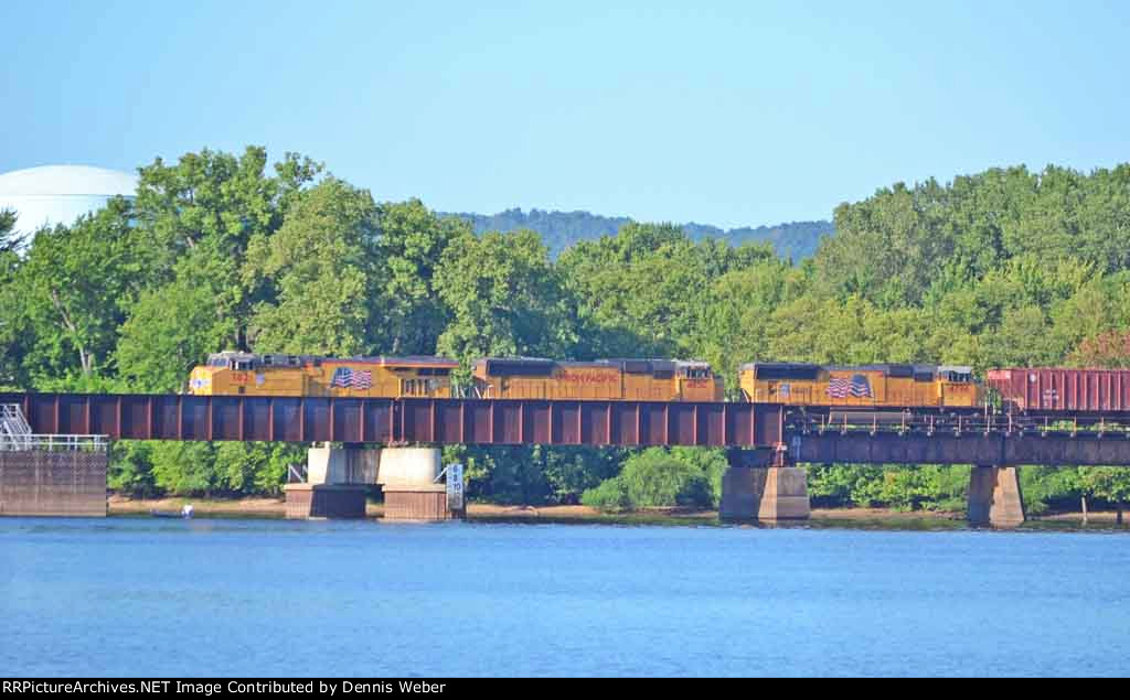 UP 7821,  CP's  Tomah  Sub.