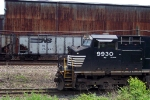 NS 9930 on 33A
