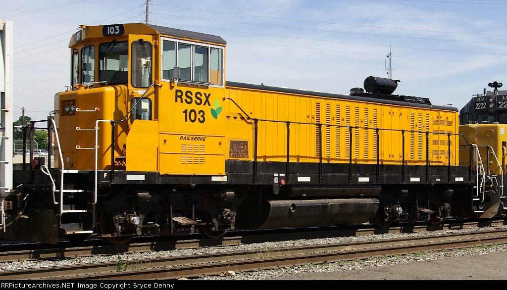 RSSX 103 on the Union Pacific
