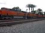 BNSF 7216 leading a train with 5 engines