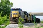 CSX Q275 arrives at Memphis Jct Yard with CSX 7618,8140,7687 5/8/09
