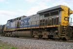 CSX 66 is on Q573 5/22/09