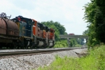 BNSF 9148/BNSF 9169/CSX 1111 leading Q275 southbound at MP 105 approach the signals at SE Gossom 2:51pm 6/20/09