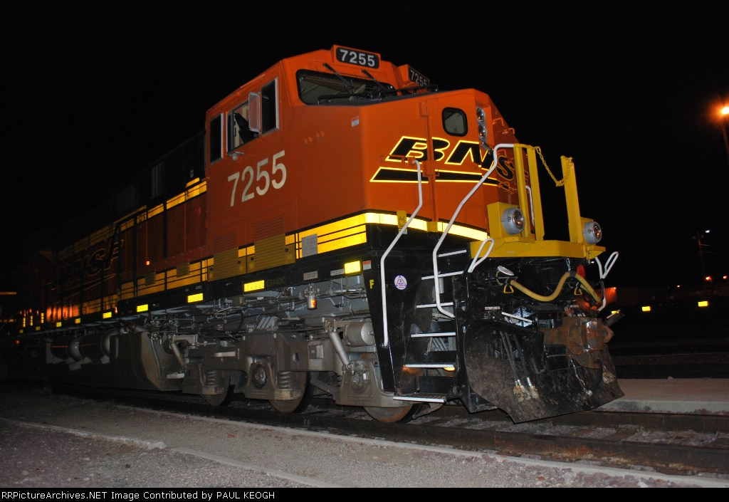 Close in shot of BNSF 7255 sitting on the siding across from the depot.