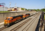 BNSF Coal through the Trench