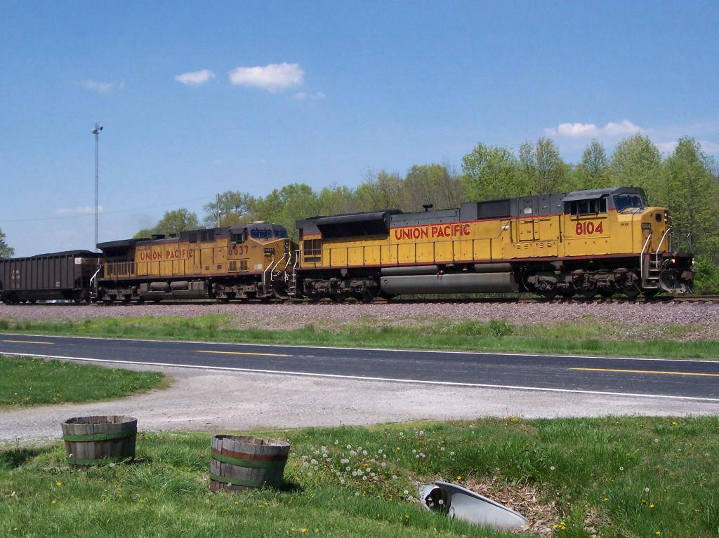 UP 8104 UP 6837