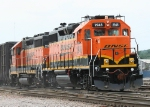 BNSF 2946/BNSF 2035 looking good before they derailed later in the evening