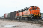 BNSF 2946/BNSF 2035 working strong before derailing a few hours later