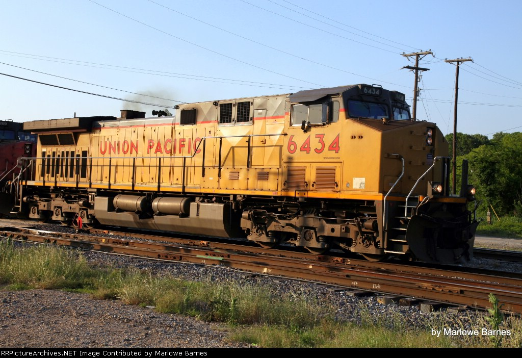 UP 6434 at Cold Springs Rd