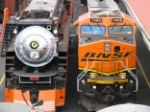 BNSF 7400 & SP 4449 side by side