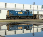 CSX 1220 with reflection