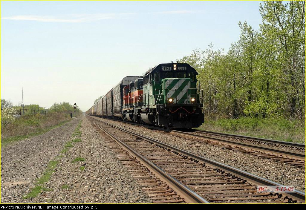 BNSF 6831  05/13/2005