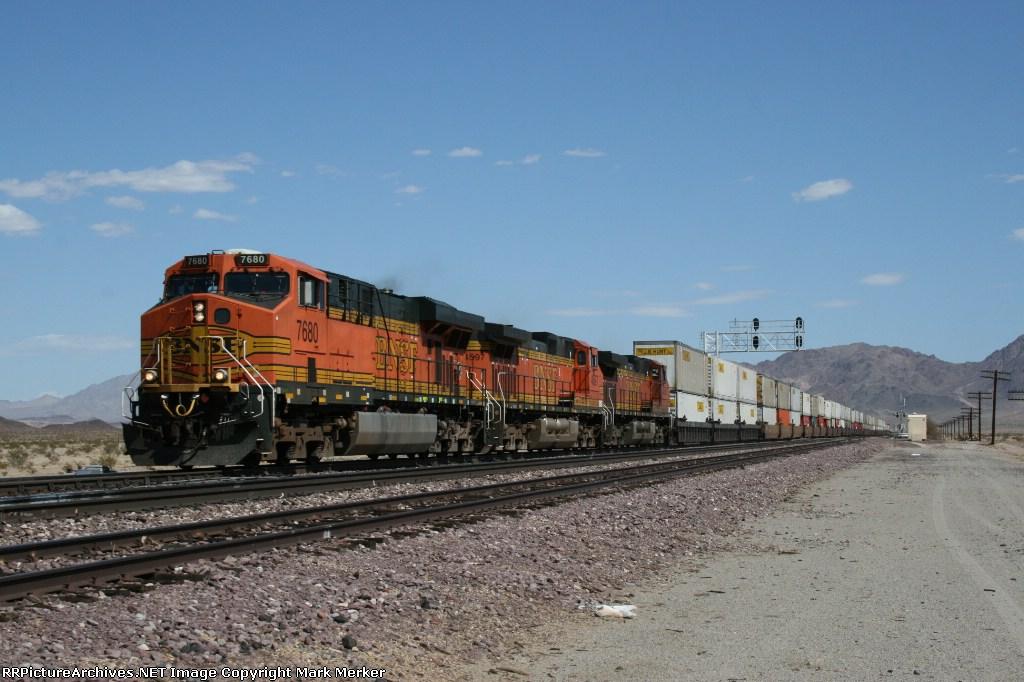 BNSF 7680