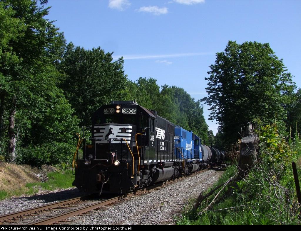 SD38's haul C23 eastbound