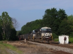 NS 7597 crosses over what was once the NYC's JF&C diamond