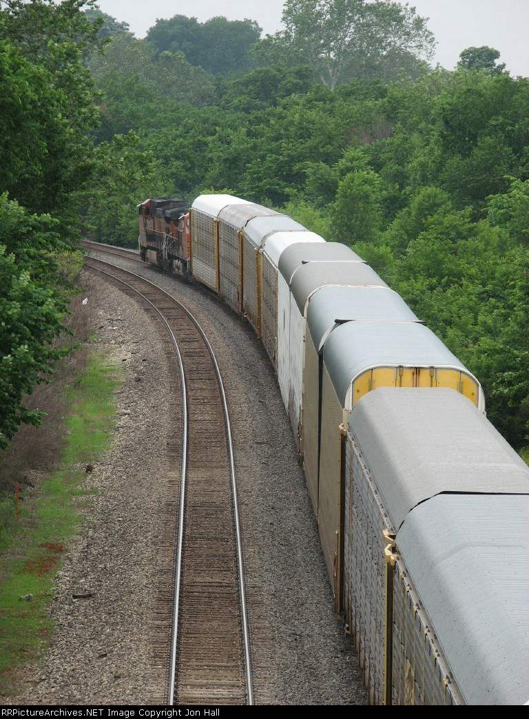 BNSF 1094 West rolls into the curve