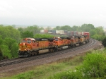 On a wet, dreary day, BNSF 5326 starts up Edelstein Hill