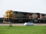 BNSF 8617 & 565
