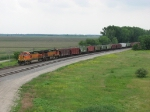 BNSF 4177 & 4888 roll north around the yard with a grain train