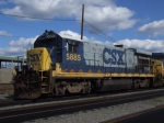 CSX 5885 on the relay tracks