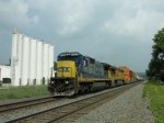 CSX 7552 leads what looks to be Q111 west