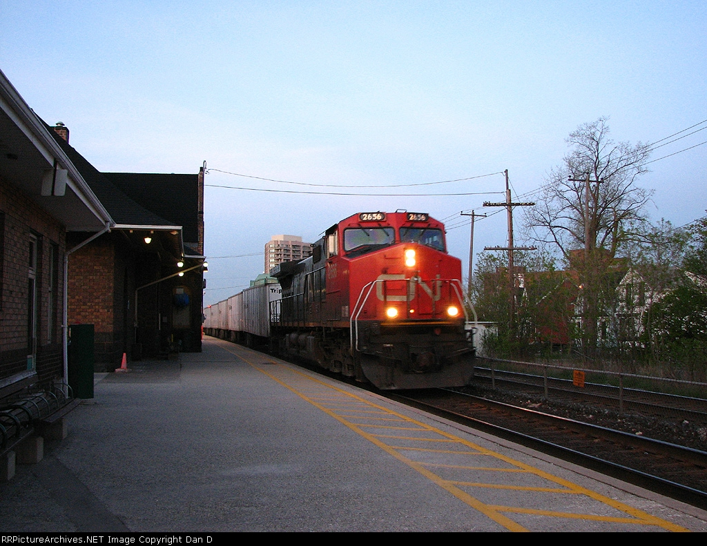 CN 145 at Brampton Station at Dusk