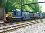 CSX 8129 and 4733