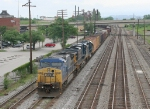 CSX SB freight about to meet a NB