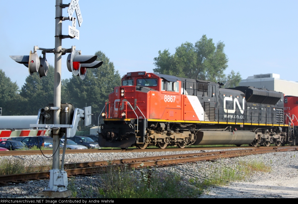 CN 8867 leading M342 toward Green Rd.