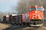 CN 2234 swings around the curve with a northbound