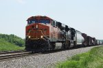 BNSF 7227 and an NS SD70ACe power a CN northbound