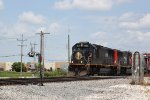 IC 1020 crosses Weyer Road on the point of another SB intermodal