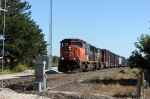 CN 5737 leads northbound manifest A491 back onto the main